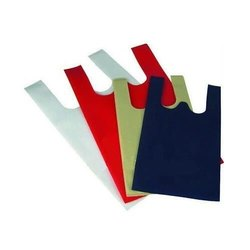 Plain Colored Non Woven W Cut Bag, For Grocery