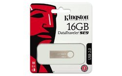 16GB Kingston Data Traveler