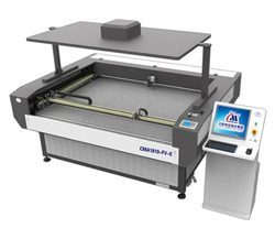 Large Format Auto Feeding Camera Laser Cutting Machine CMA16