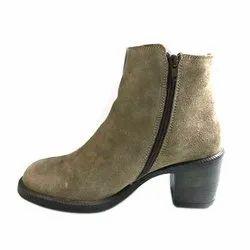 Casual Ladies Long Boot, Packaging Type: Box