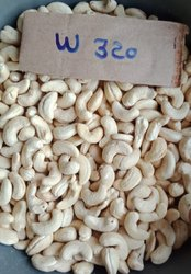 Snackex Natural Wholes WW320 Whole Cashew, Dried, Packaging Size: 10 kg