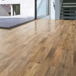 Essarkay Glossy Laminated Wooden Flooring Service, Thickness: 8.3 Mm
