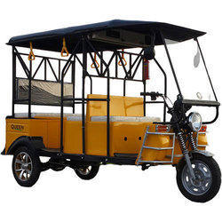 Queen DLX Battery Operated E-Rickshaw