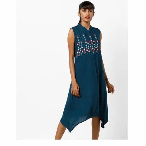 Stitched Ladies Casual Wear Cotton Printed Kurti, Size: XL