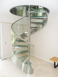 Glass And Steel SS Glass Spiral Stairs