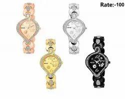 Analog Metal Ladies Pan Model Bracelet Watch for Girl's