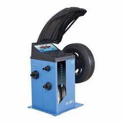 WB DL 65 DSP C Wheel Balancer Machine