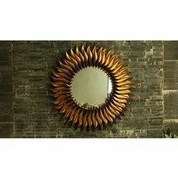 Iron Glass Wall Mirror, Packaging Type: Box, Mirror Shape: Round