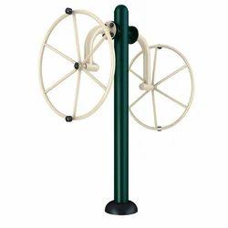 Outdoor Arm Wheel Machine