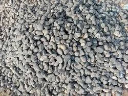 BLACK NATURAL PEBBLE STONES