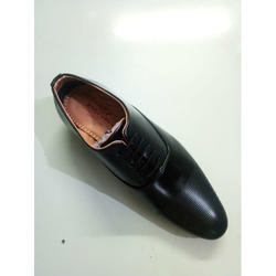 bb4cfe45a32 Black Mens Classic Leather Derby Shoes