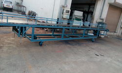 Bag Shifting Conveyor