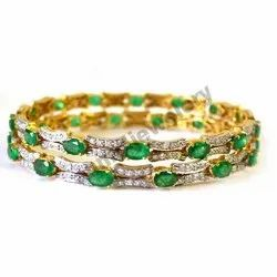 Anmol Exports Diamond & Emerald Oval Studded Gold Bangle, Packaging Type: Box