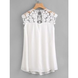 Sleeveless White Girls Party Wear Top, Size: S-XXL