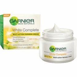 Garnier Face Cream Complete White