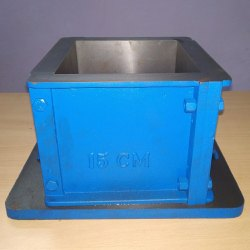 Cast Iron Concrete Cube Mould, 13 Kg, Size: 150x150x150 Mm