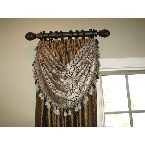 Ivish Decor Brown Wooden Decorative Curtain Rod, Rs 200
