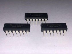 Inverters Hex Schmitt Trigger IC CD40106BE TI