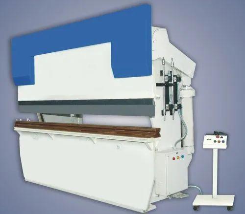 Foot switch Hydraulic Press Brake Machine, 60-90 ton, Size: 6mmx2500