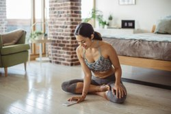 1 Hour Women Online Yoga Classes, Applicable Age Group: 30-40 years