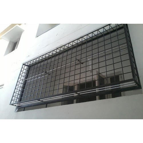 Safety net for balcony image and attic