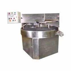 Semi Automatic Round Shaped Chapati Making Machine, Capacity: 950 to 1000 piece per hour