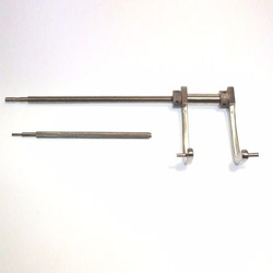 Femoral Distractor Orthopaedic Medical Surgical Instrument