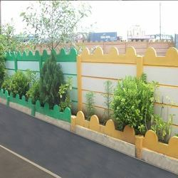 Yellow And Green And White Decorative Garden Curbing