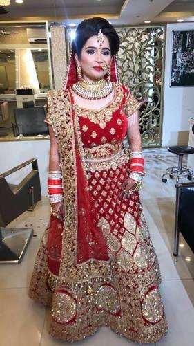 0afa5e316e Velvet Charming Bridal Lehenga On Rent, Rs 9500 /piece, Shahi ...