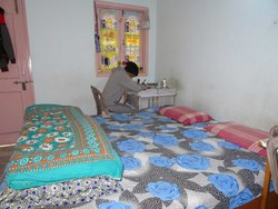 Sharing (Balcony) Lodging / Pg / Bed / Room, Size Area: 12 x 12 Feet, Ranchi