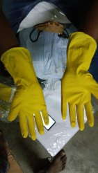 Non-Powdered Yellow Rubber Hand Gloves, For Industrial Use