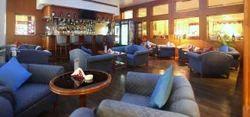 Upper House Lounge Bar Service