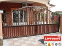 Bungalows Remote Control Gate