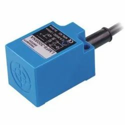 Square Type Photoelectric Proximity Switches
