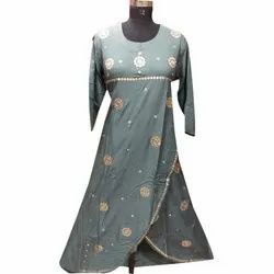 Cotton Embroidered Ladies Designer Kurti