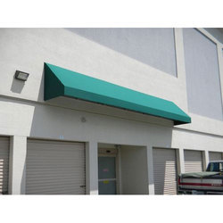 Green Retractable Awnings