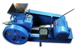 Grey Mild Steel Laboratory Jaw Crusher Size 4 Inch x 6 Inch With 3 Hp Motor