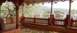 Ambassador Deluxe Houseboat In Srinagar