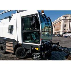 Cleango 500 Compact Sweeper