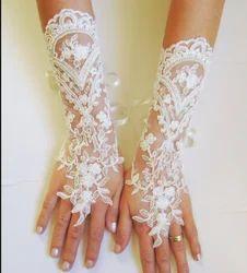 Handlace Lace