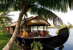 Houseboats Travel Tour Package Service