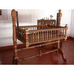 Brown Wooden Cradle 3df13c075