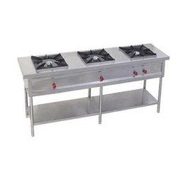 Three Burner Gas Stove, For Hotel