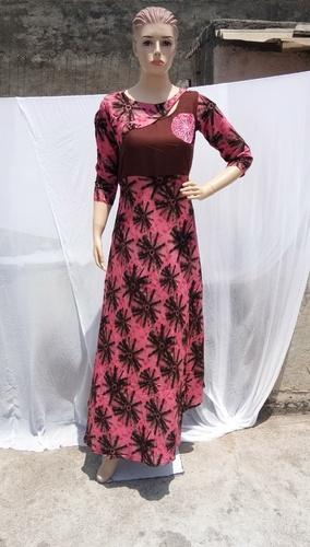 20e751bf853 Lakshya Export Pink Rayon Cotton Gown