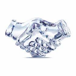 Crystal Handshake Award Trophies, Size: 3 x 1.75 inch