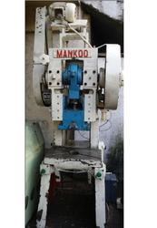Used Inclinable Power Press 10 Ton Mankoo