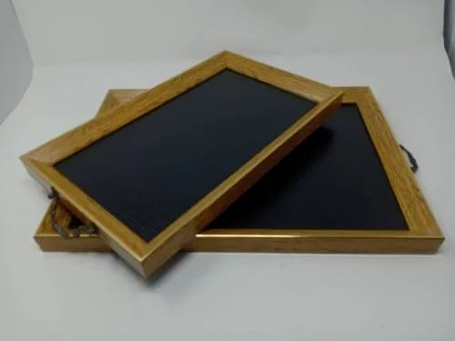 Set Of 2 Trays With Gold And Black Color