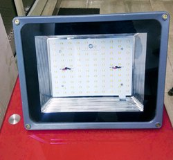 100W Vibrant LED Flood Light