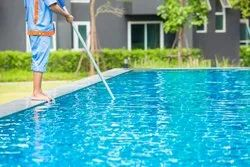 swimming pool water  cleaning services