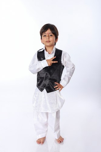 d8c8a570f Festive Sanskriti Kashmiri Pathani Suit For Boys, Size: Small, Rs ...